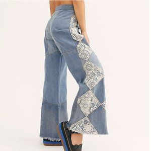 Free People In My Element Patch Flare Jeans. 26
